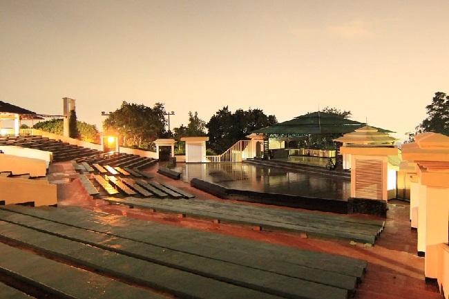 Dago Tea House - indonesia traveller guide - panduan wisata bandung