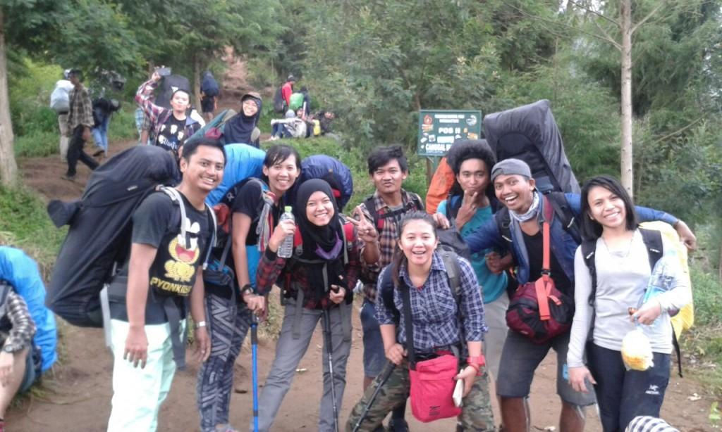 Pendakian Gunung Prau, Jalur Pos Patak Banteng - Indonesia Travelller Guide