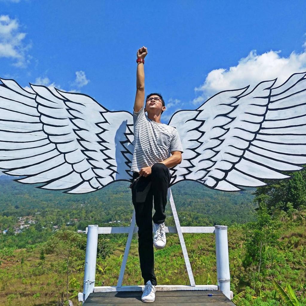 Spot Sayap di Bukit Tangkeban, Indonesia Traveller Guide