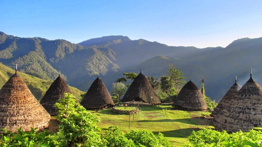 desa adat waerebo wisata nusa tenggara timur, indonesia traveller