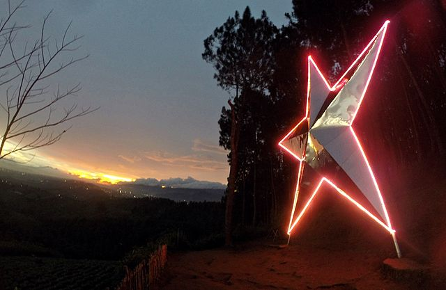 lokasi wisata malam puncak bukit bintang bandung indonesiatraveller id bandung city tour