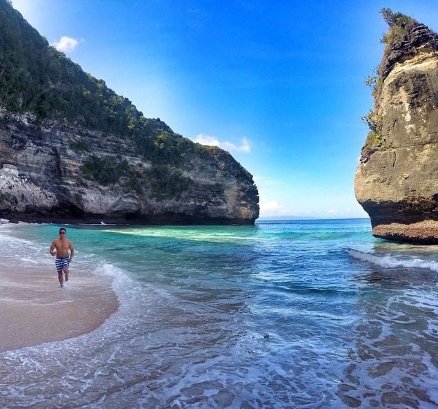 pantai suwehan - nusa penida - indonesia traveller