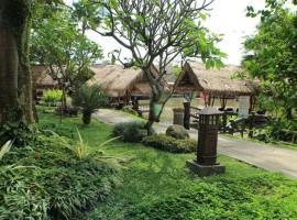 Resto terapung bogor Rumah Air Resto berbagai menu makanan pilihan, tempat wisata keluarga di bogor indonesia traveller guide